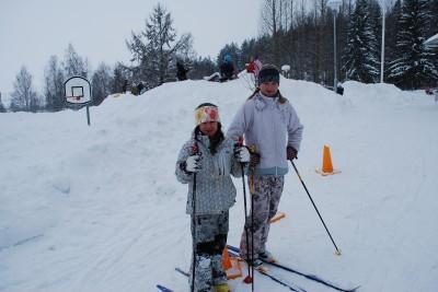 Sigrid Wiklund och Fanny Sjöbom lyckades bra i skidskyttet