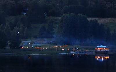 Dags för nya lyskvällar i Rengsjö. Både vid Skidtjärn och som här vid Östersjön och ute på Midnäspiren. Foto: Allan Olsson