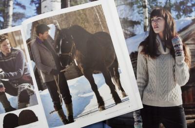 Nordsvenska hästen Balder från Växjö fick också komma med i katalogerna tillsammans med modellerna Ashley och Valeria.
