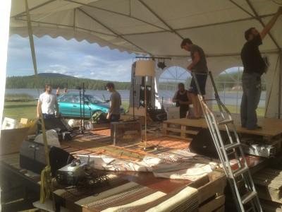 In i det sista jobbade arrangörerna med scenbygget som kommer att ge musikerna en hänförande utsikt över Skidtjärn och Höleklack.