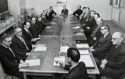 En bild tagen vid det sista kommunfullmäktigemötet i Rengsjö före sammanslagningen med Bollnäs 1974.