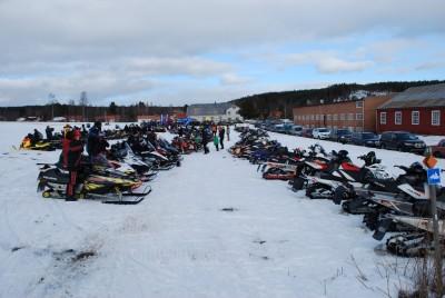 En mäktig syn när 200 skoteråkare mötte upp till den årliga träffen i Rengsjö.